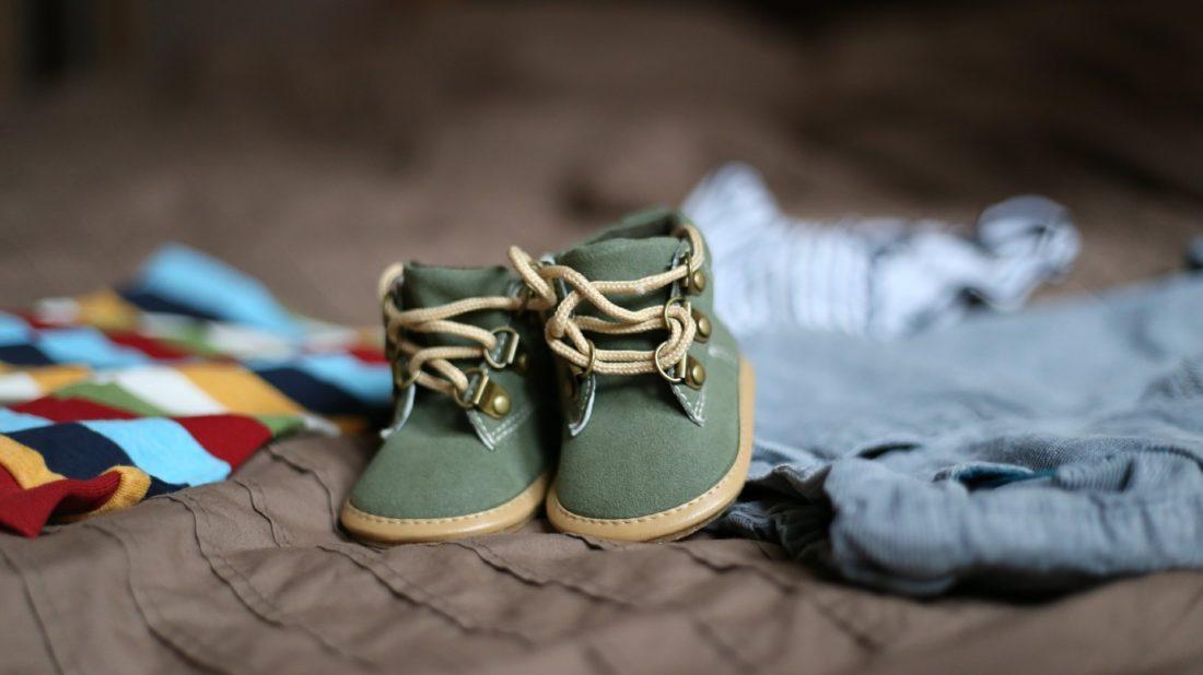 1498763601shoes-505471_1920-1100x618.jpg