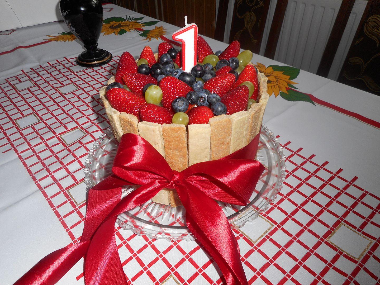 zdravý dort k prvním narozeninám GALERIE: 10 zdravých originálních dortů pro nejmenší   Babyweb.cz zdravý dort k prvním narozeninám