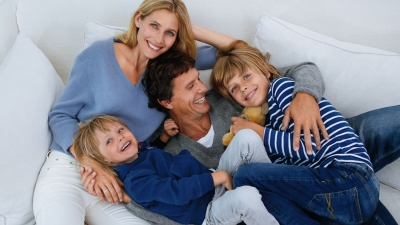 ncr_14651_wintershooting-family_on_sofa_btl-nivea-do-clanku.jpg