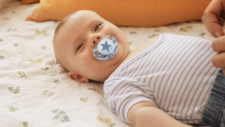 presentation_rgb_low_quality_jpg-pic_nuk_baby_trendline_star_smiling-eycacher.jpg