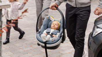 autosedacka-1-352x198.jpg