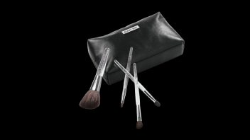 brushes_bag-352x198.jpg