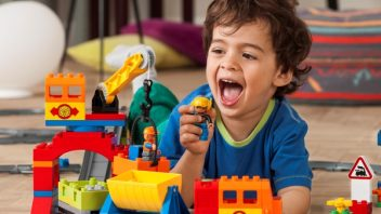 duplo_kids_train_2hy13_03-352x198.jpg