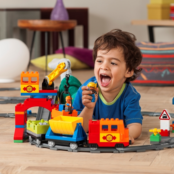 duplo_kids_train_2hy13_03.jpg