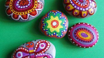 malovane_kameny-05-352x198.jpg