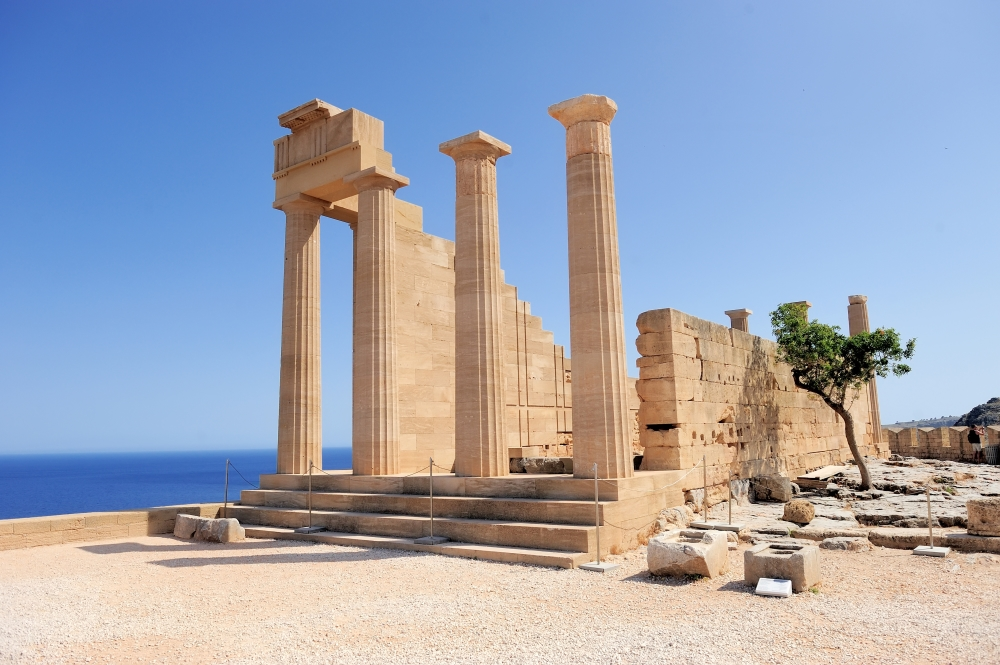 lindos_ruins_of_ancient_temple._lindos._rhodes_island._greece_shuttersto._.jpg