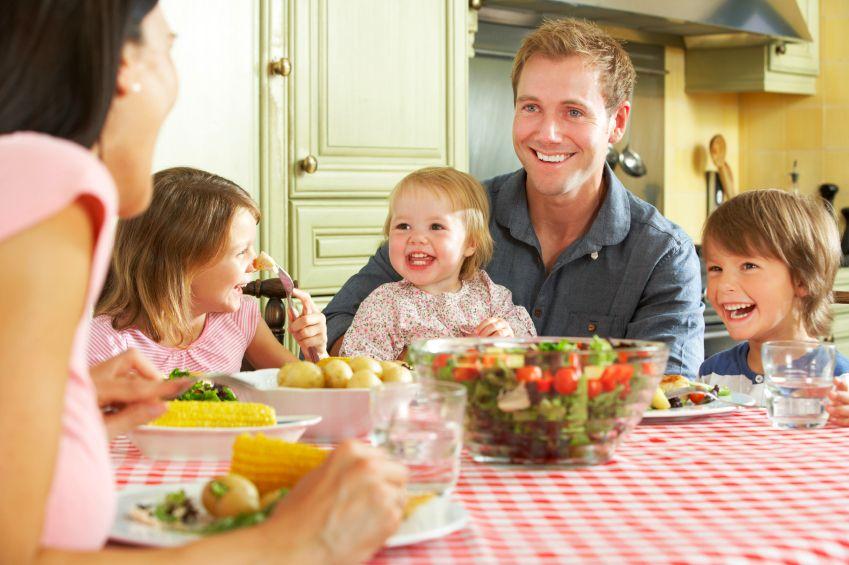 x-rodina-zdrava_strava-obed-zelenina-istock_000021442889small.jpg