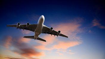 letadlo-letani-cestovani-istock_000014084444small1-352x198.jpg