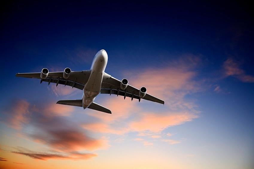 letadlo-letani-cestovani-istock_000014084444small1.jpg