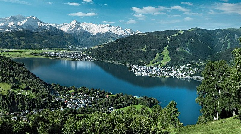 summer_1_view_of_zell_am_see-kaprun_in_summer1111.jpg